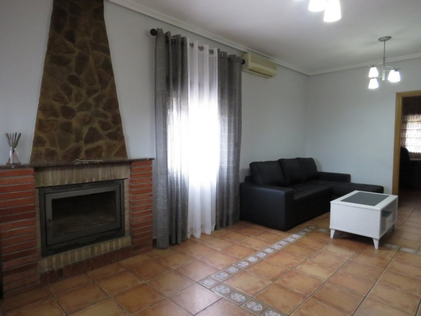 Fireplace  - 3 bed 1 bath Llíria