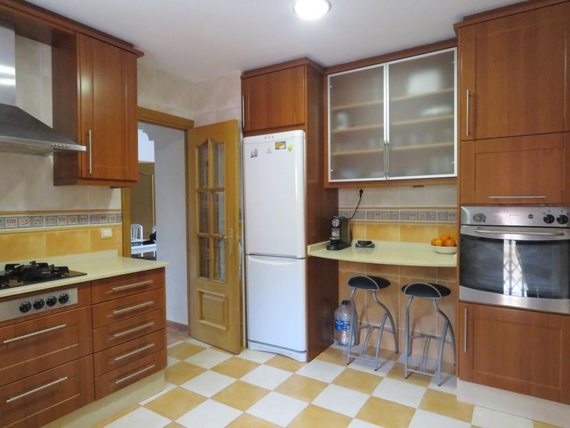 Kitchen  - 3 bed 1 bath Llíria