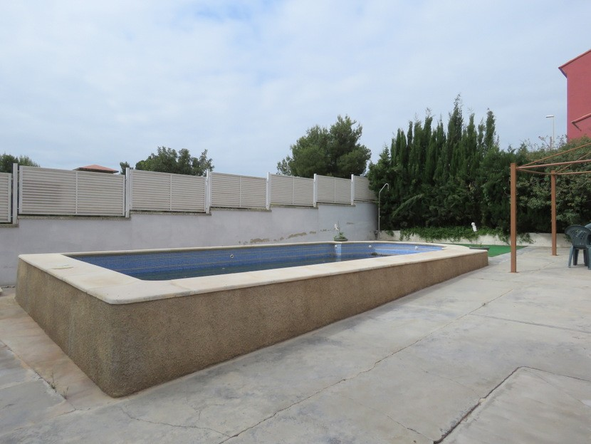 Pool  - 3 bed 1 bath Llíria