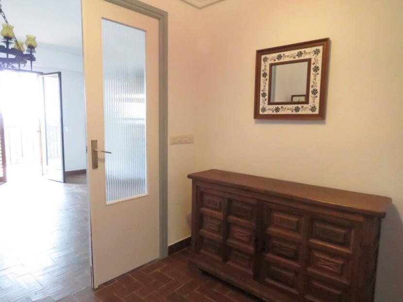 Entrance hall - 6 bed 2 bath Torres Torres