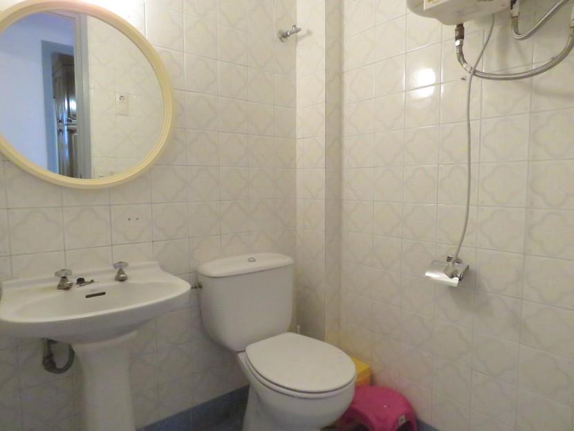 Guest toilet - 6 bed 2 bath Torres Torres