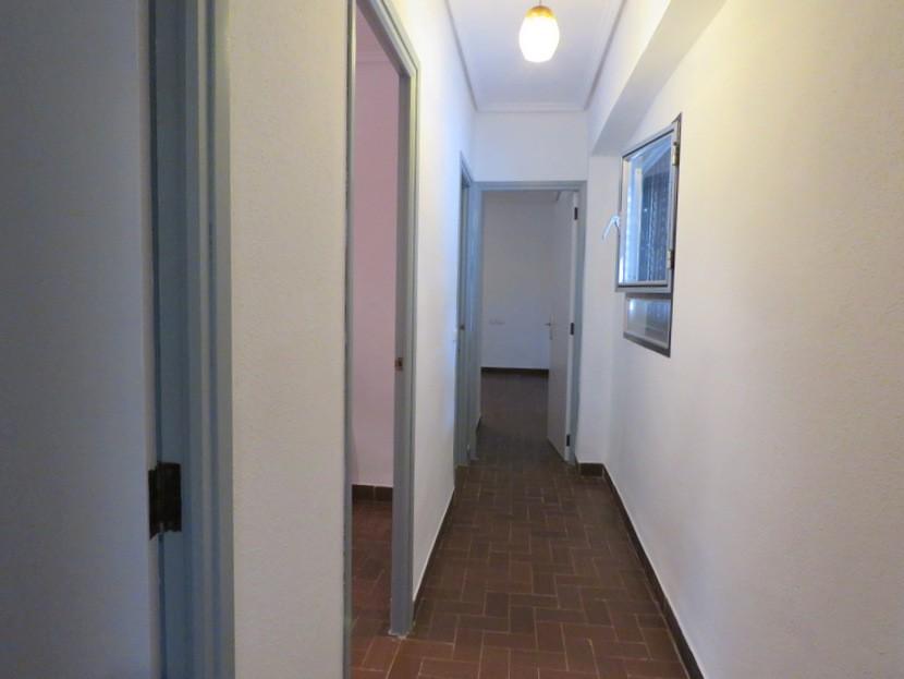 Hallway - 6 bed 2 bath Torres Torres
